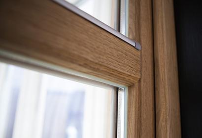 Inbrottsäkra fönster med glaslist på insidan - Ekfönster utan glaslist på utsidan